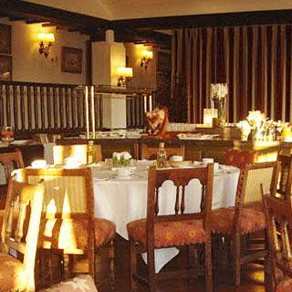 ホテル・レストラン
